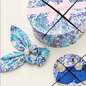 Lilly Pulitzer Scrunchie Dress It Up Gift GWP VSCO